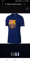 Nike Barcelona Evergreen Crest Tee Womens Small - $11.63