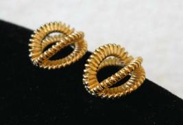 Avon Earrings Textured 3D Loop Gold Tone CHOOSE Clip or Pcd VTG 80's Art... - $12.85
