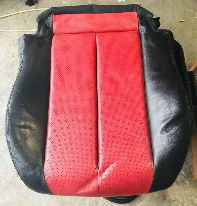 98 -04 Mercedes SLK 230 R170 OEM  PASSENGER SIDE BOTTOM SEAT COVER  1709120022 - $148.40