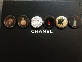 LIMITED EDITION AUTHENTIC CHANEL VIP COCO GAME CENTER BROOCH PIN SET RARE  image 2