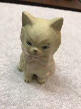 Cat Figurine Ceramic Figure White With Pink Bow Blue Eyes - $9.93
