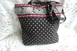 Great Clean Vera Bradley Purse Handbag Tote Quilt Bag Classic Black Pattern - $27.54
