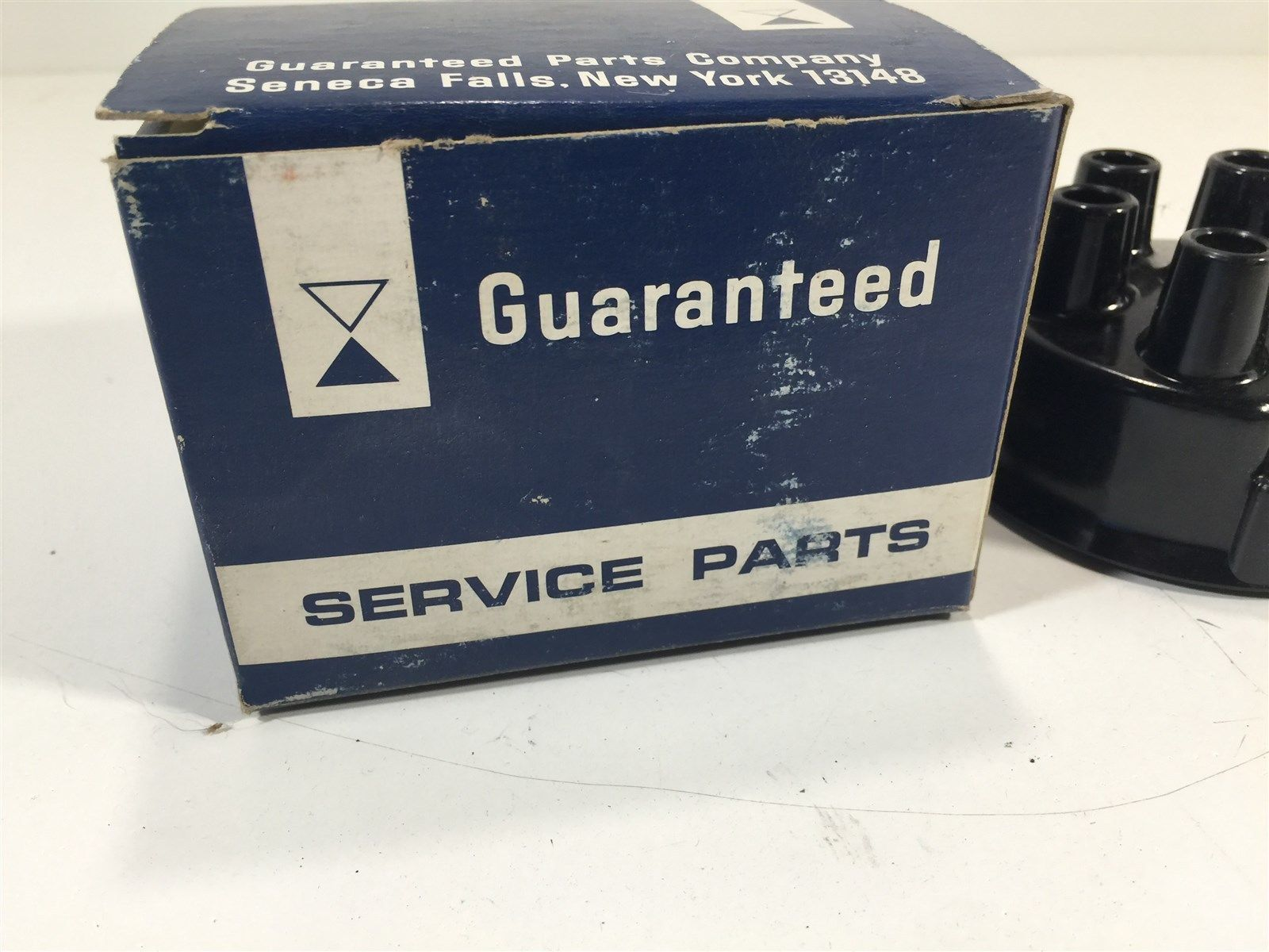 Vintage Guaranteed Parts Company DR-41 Distributor Cap New Old Stock