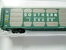 Micro-Trains # 11100091 Southern 89' Tri-Level Closed Autorack N-Scale image 2
