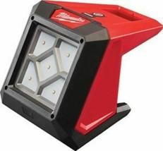 Milwaukee Electric Tool Milwaukee M12â Compact Mounting Flood Light (Bare Tool) - $116.41