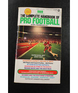 1989 The Complete Handbook of Pro Football Paperback book Jerry Rice Cov... - $30.69