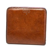 Fossil Small Size Women Leather Bifold Wallet Purse Brown - $25.61