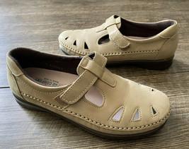 SAS Roamer Tripad Comfort Moccasin Size 7.5 US Tan Leather Soft Step EUC!! - $30.16