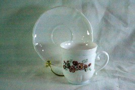 Arcopal Florentine Cup And Saucer Set - $6.29