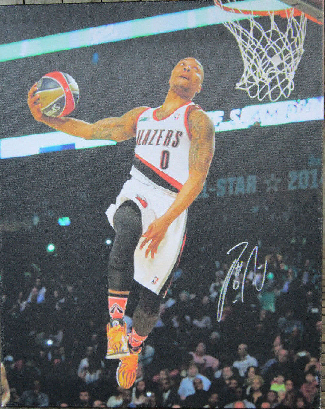 Primary image for Damian Lillard Signed 16x20 Canvas Print Photo - Global Authentics