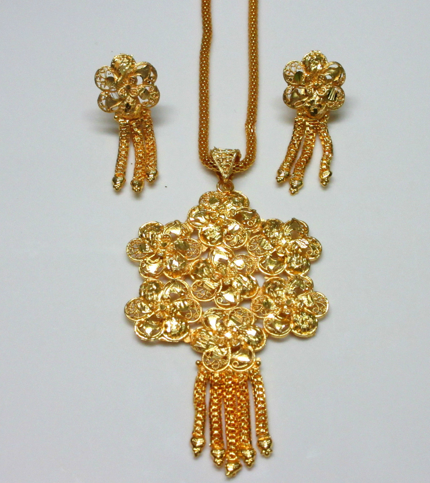 Indian Traditional Gold Plated Flower Style Pendant Chain Earrings Jewelry Sets