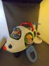 Fisher-Price Mattel J0001 Little People Lil' Movers Airplane with 2 Char... - $14.25