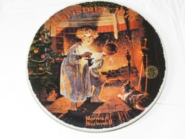 Christmas 1979 Norman Rockwell Somebody's Up There Knowles Plate - $16.02