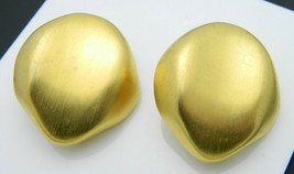 Couture Runway 1980s Style Matte Gold Tone Large Abstract Clip Earrings Vintage - $29.69
