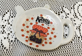 Vintage KNOTTS BERRY FARM Tea Pot Shaped Tea Bag Rest // Spoon Rest - $10.00