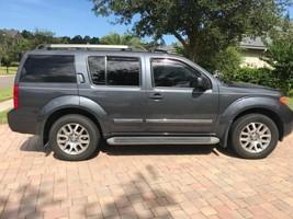 2010 Nissan Pathfinder LE For Sale in Jacksonville, Florida 32259 image 2