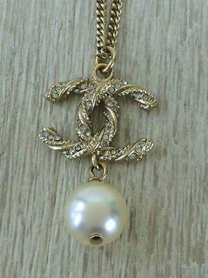 Auth necklace twist rhinestone Pearl GLDA63047B15V