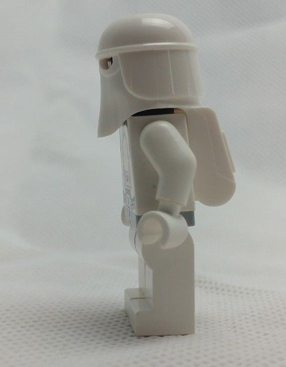 Lego Star Wars Snowtrooper Minifigure from sets 7879 8129 10178 7666 7749 8084