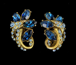 """Vintage Hollycraft Mid Century 1952 Gold Tone Floral Clip On Earrings 1.25"""" - $50.39"""