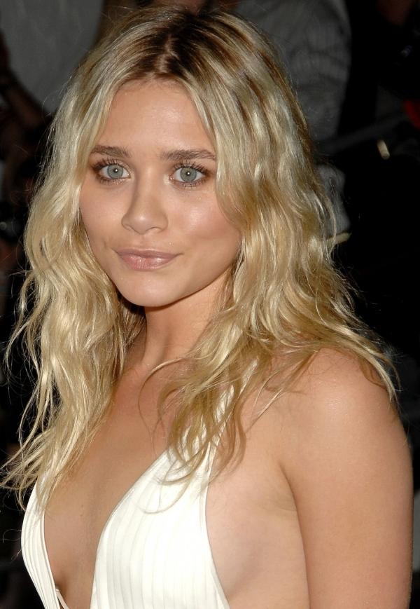 Ashley Olsen Sexy Actress 4x6 Glossy Color And 50 Similar Items