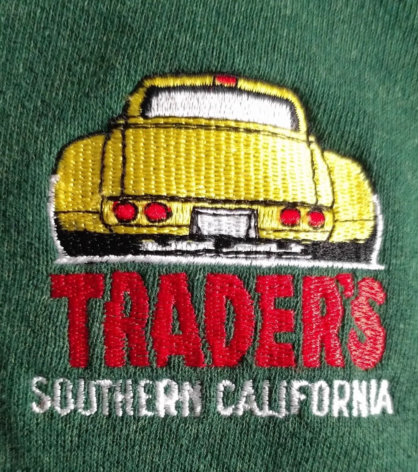 Vintage LEE Made in USA TRADERS L Southern California Cars Sweatshirt Mens Green image 5