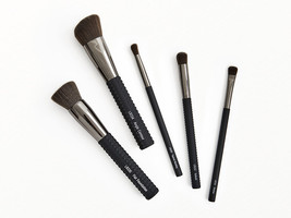 LARUCE Essentials Brush Set - $99.00