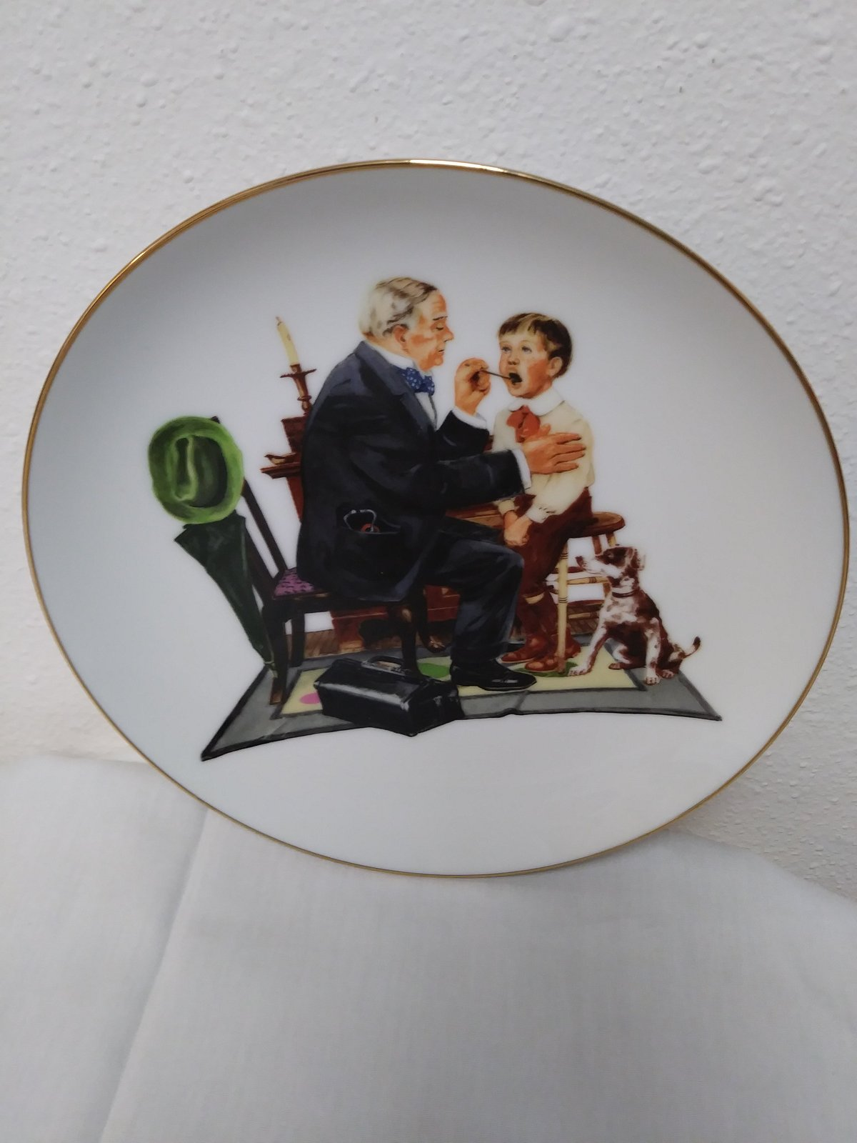 The Country Doctor  By Norman Rockwell Souvenir 1985 Plate No 691/A Plate