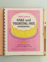 Vintage 1966 (First Edition) Betty Crocker's Cake and Frosting Mix Cookbook image 2