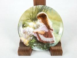 "Donald Zolan Mini Collector Plate, ""Colors of Spring"", Pemberton & Oakes... - $6.81"