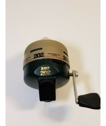 Zebco 202 Spincast Fishing Reel - Near Mint - USA Made! - $19.59