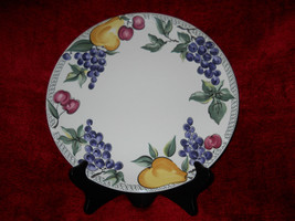 Nancy Calhoun L'amore dinner plate - $9.85