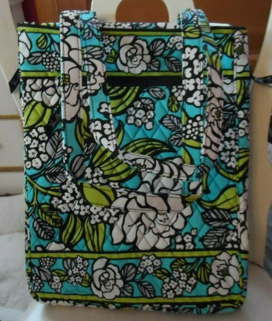 Vera Bradley laptop TRavel Tote In Island Blooms EUC image 2