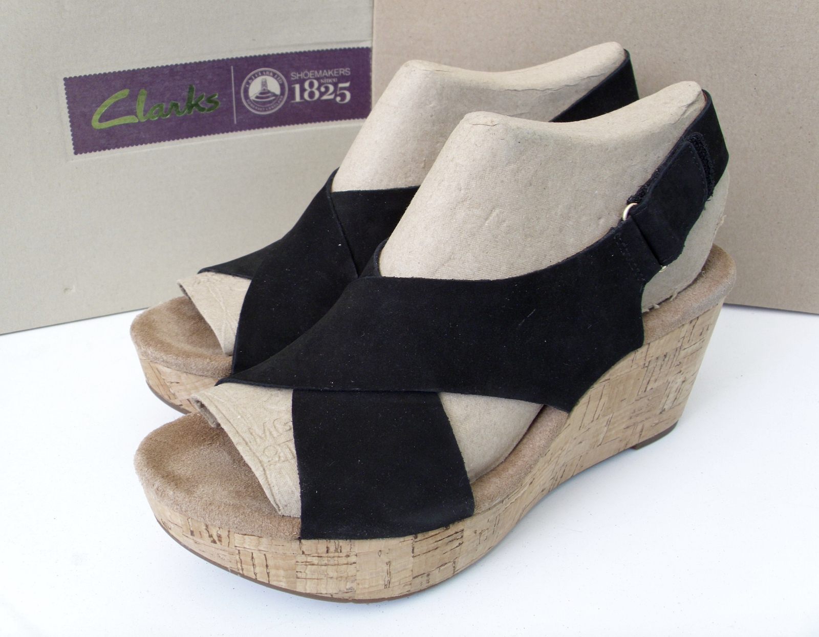 e8ba7ad67c3 Clarks Women s Wedge sandals and 27 similar items. Dsci0463