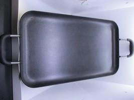 LARGE CROFTON METAL SERVING TRAY PLATTER 17.75 X 10.25 X 1.1 - $19.79