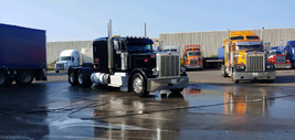 Peterbilt 389 Flat Top For Sale In Kimbel St, Mississauga, ON L5S 1A7, Canada image 2
