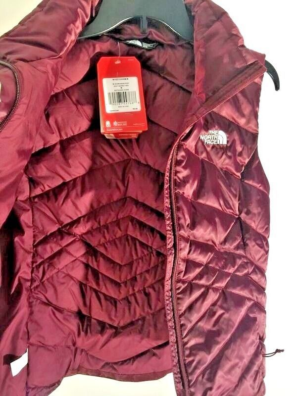 52c3e94fc32c New The North Face Woman Medium Puffer Vest and 40 similar items. S l1600