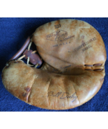 1960c Bill Dickey Yankees -Catchers Glove-323 Pace Setter  by Spaulding ... - $67.95