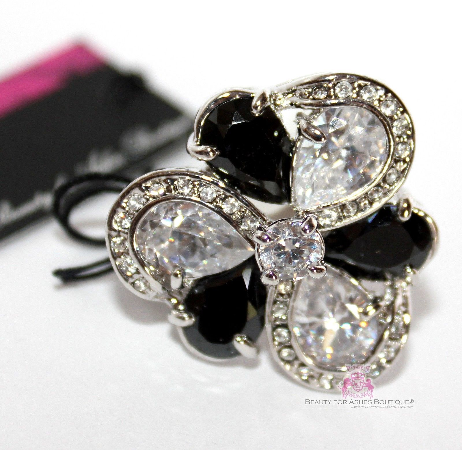 Primary image for Womens Glamour Black Cz White Flower Cubic Zirconia Cocktail Party Chunky Ring 6