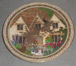 """Royal Worcester COUNTRY COTTAGES PATTERN 8"""" Plate by Sue Scullard ENGLAND - $15.83"""