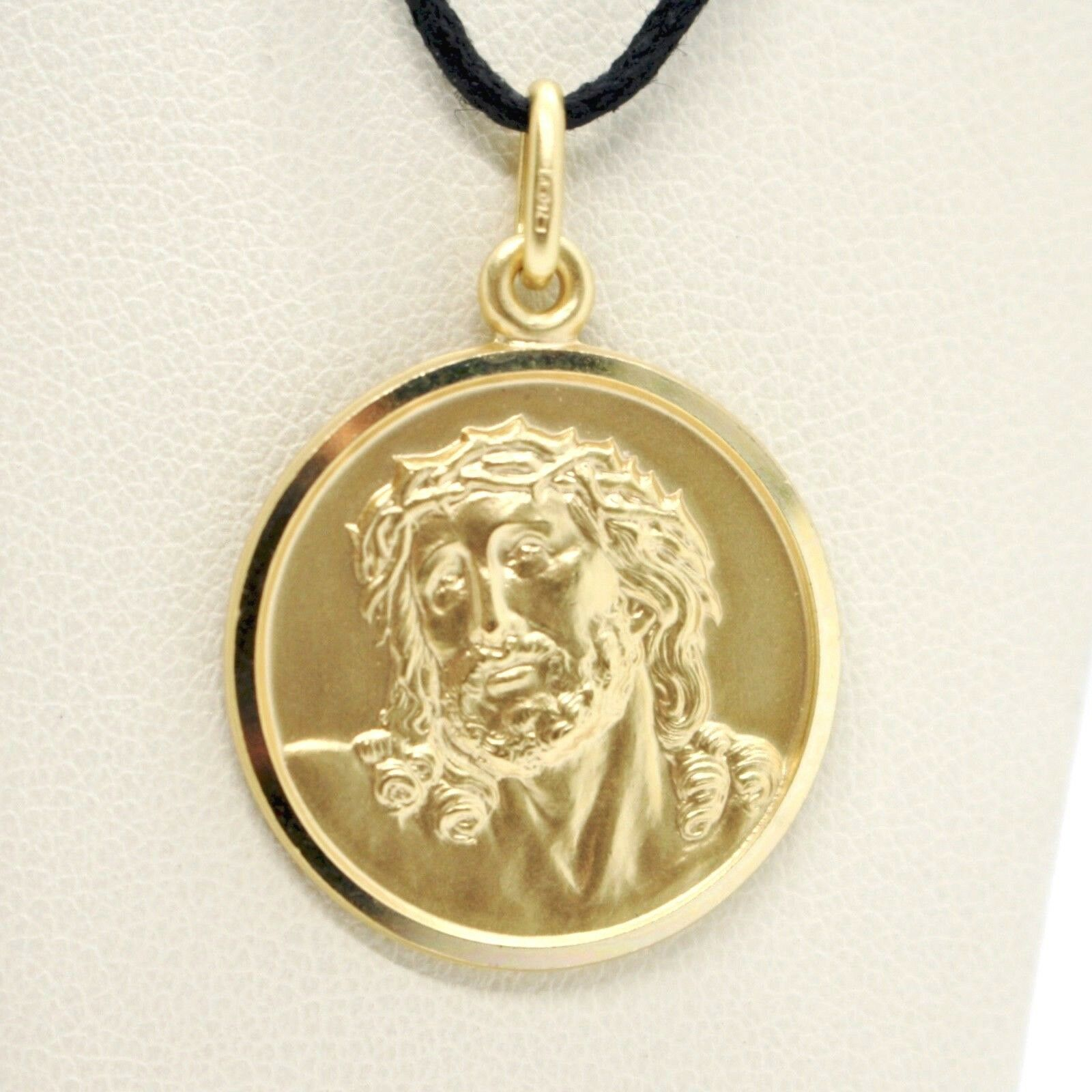 18K YELLOW GOLD ECCE HOMO, JESUS CHRIST FACE MEDAL DETAILED MADE IN ITALY, 17 MM