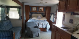 1999 Fleetwood Mallard For Sale in Watseka, Illinois 60970  image 2