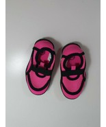 toddlers hot pink water shoes size 5-6  - $4.95