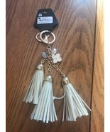Key Chain Of Small Daisy With 3 tassel Bag decorations Ships N 24h - $17.80