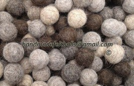 1 cm Felt Balls (200 pc) 100 % wool pom pom bea... - $15.39