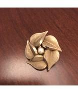 VINTAGE SIGNED C.R. CO. 12 KGF - PEARL In FLOWER PIN BROOCH J0642 - $28.50