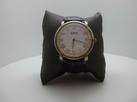 Vintage 1987 Guess Quartz  Analog Dial Watch (A371) - $29.65