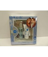MARY-KATE AND ASHLEY ONE  2 PIECE GIFT SET NEW BOXED - $51.11