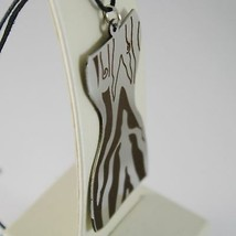 Pendant Steel Engraved to Laser with Bust of Women's Tabby, Lines Slinky Bass image 2