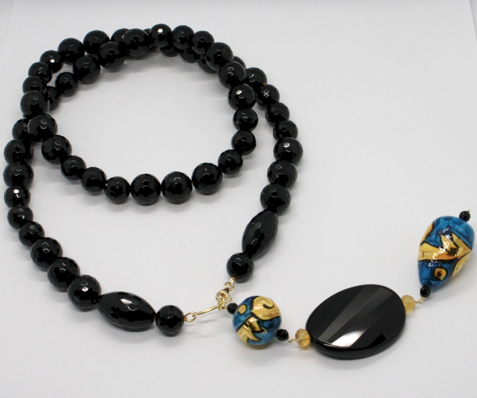 18K YELLOW GOLD LARIAT NECKLACE ONYX, BLUE CERAMIC DROP HAND PAINTED IN ITALY