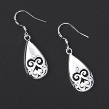 E582 2015 Trendy Water Drop Shaped Silver Plating Earrings for Women - $2.80